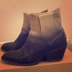 Free people boots. Size 7